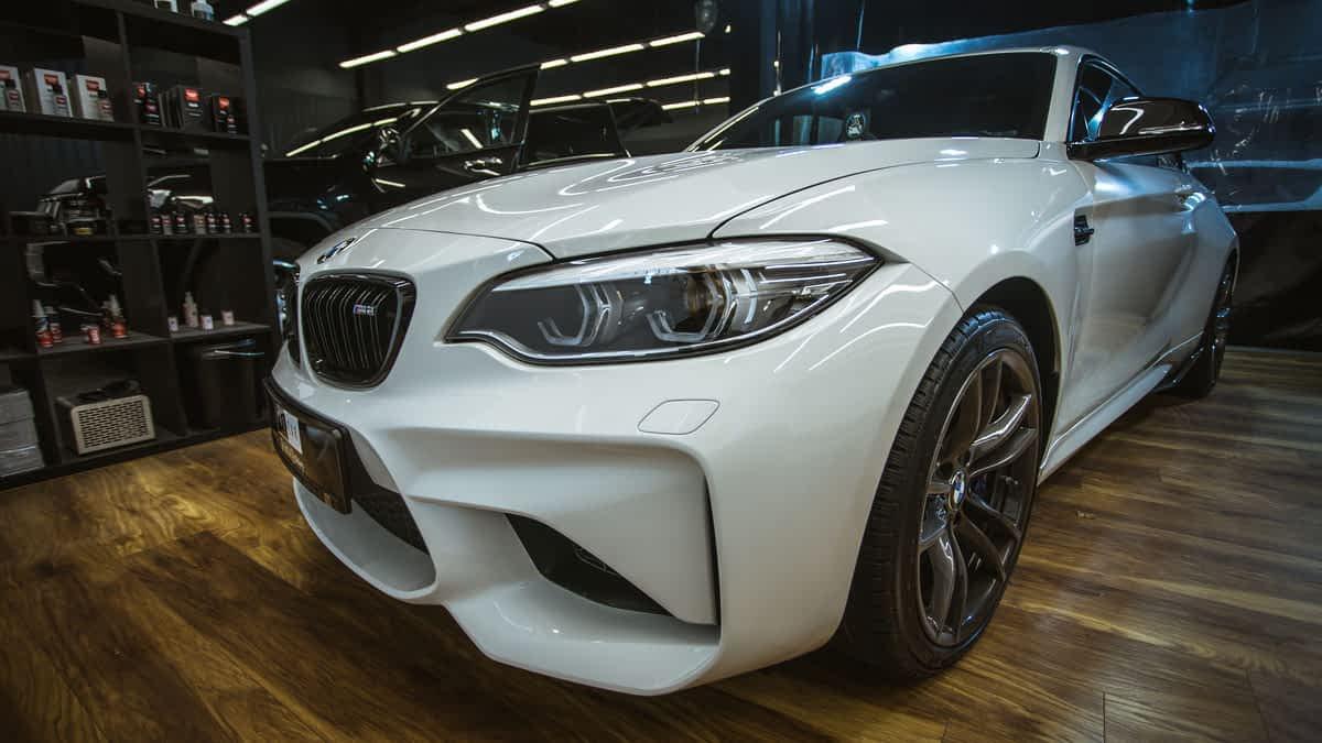 BMW M2 - bezkompromisowy detailing i szklana powłoka od Modesty 1