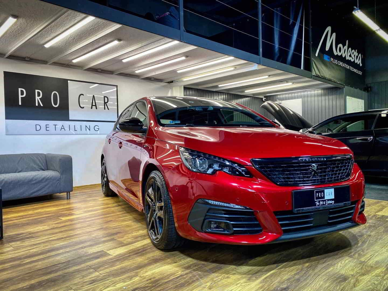 Peugeot 308 - Ultimate Red z powłoką ceramiczną 1
