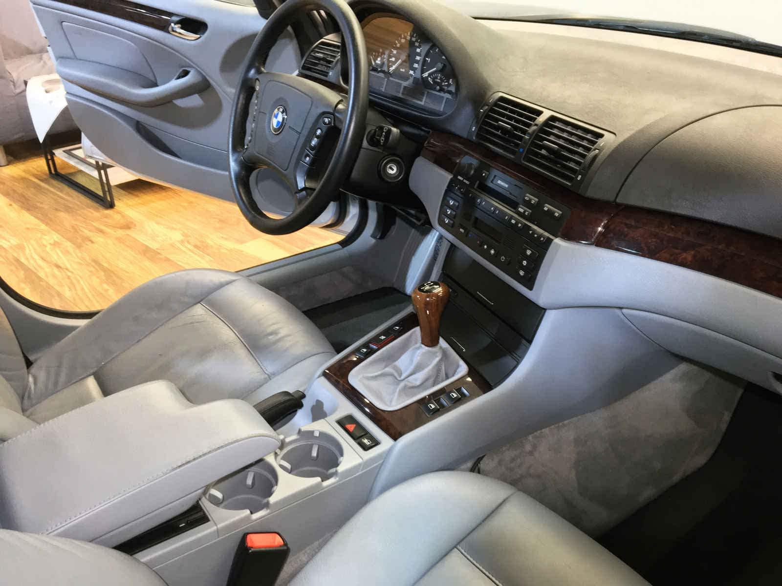 BMW E46 320 - drugie życie wnętrza samochodu 1