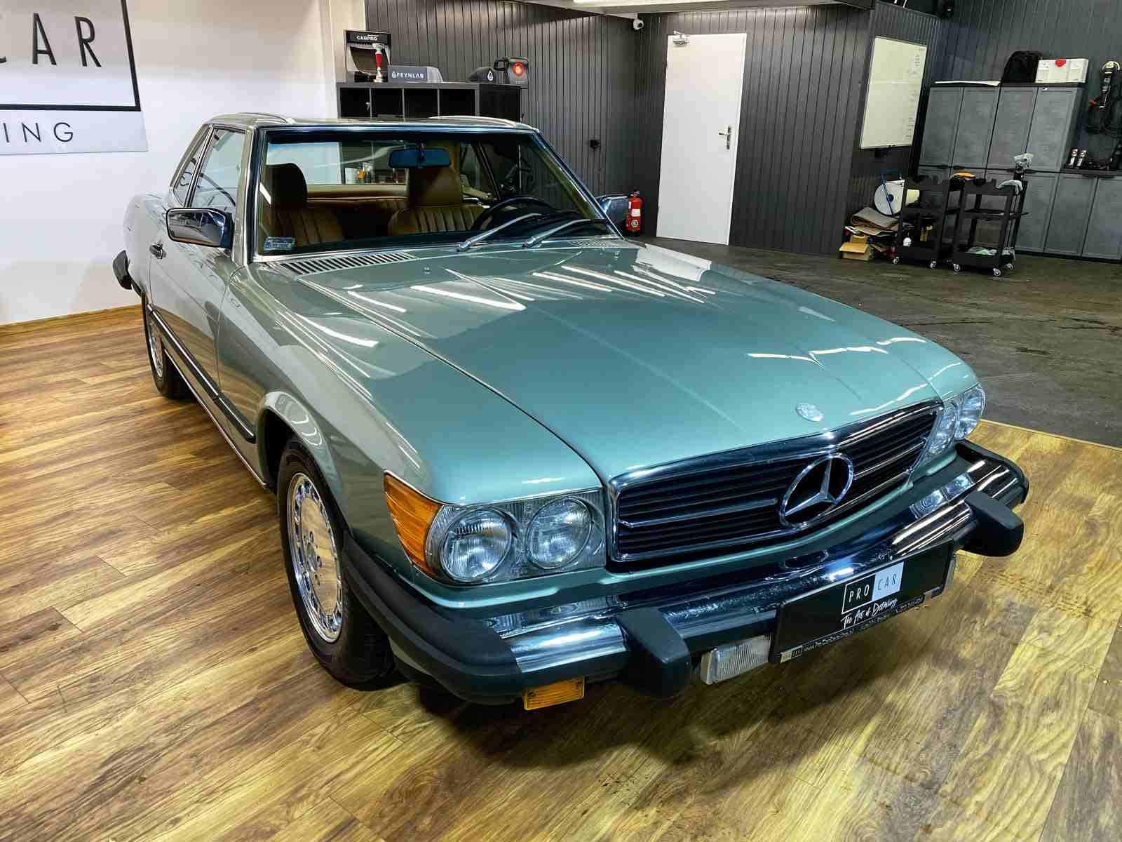 Mercedes 560 SL - prace renowacyjne 1