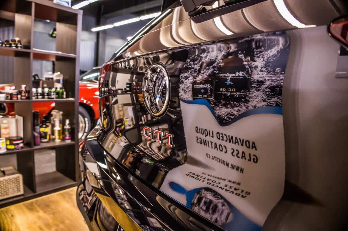 VW Golf GTI – korekta lakieru, zabezpieczenie powłoką ochronną 1
