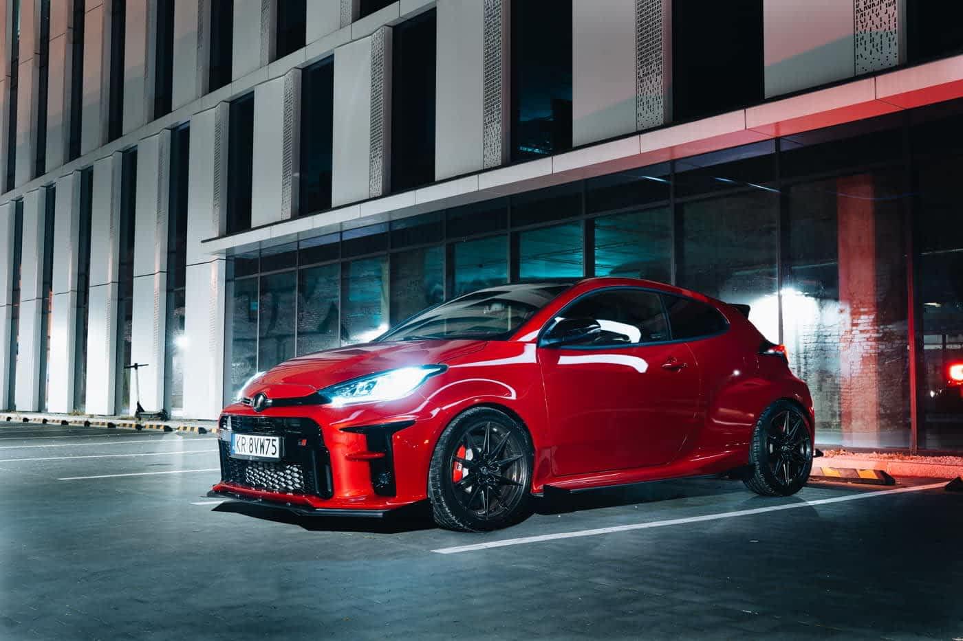 Toyota Yaris GR - firmowy bolid na sterydach 1