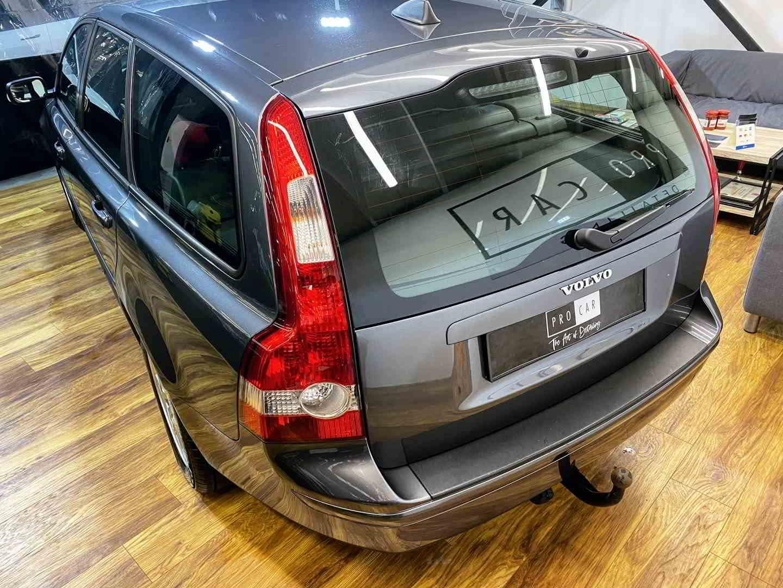 Volvo V50 - kolejny egzemplarz przywrócony do życia 1