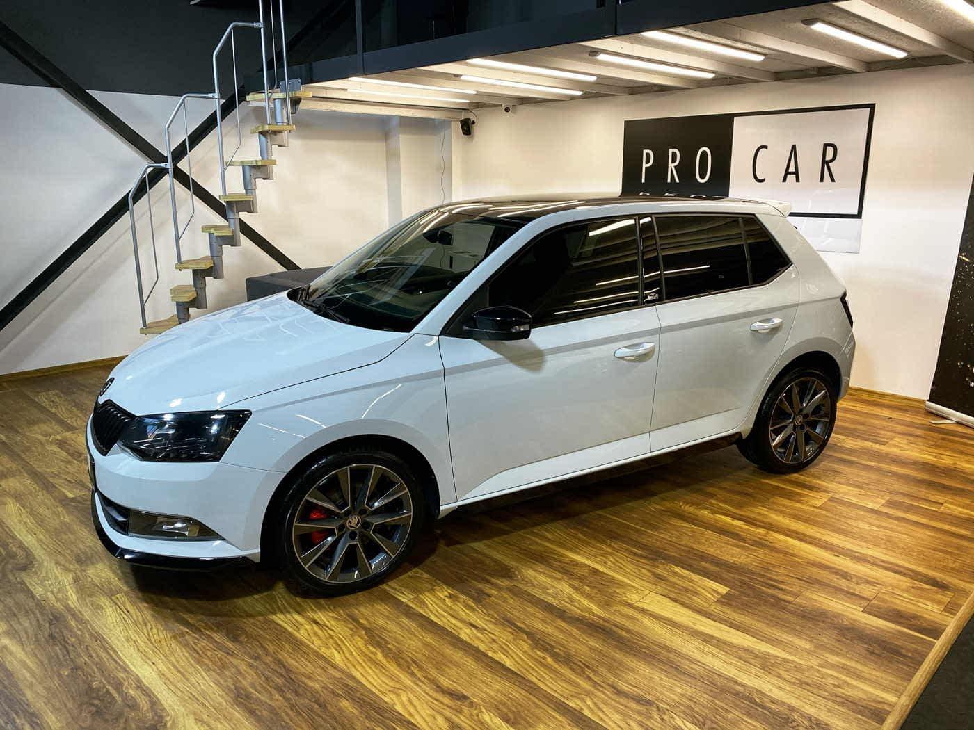 Škoda Fabia Monte Carlo - świeży zakup,  jednak wymagał wielu godzin korekty lakieru 1